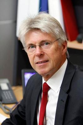Peter Costin