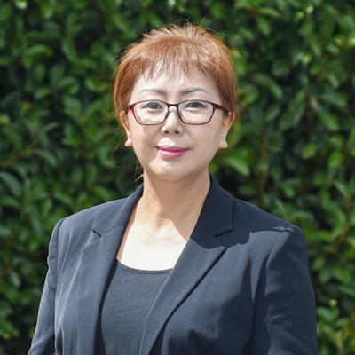 Sunee Yoo