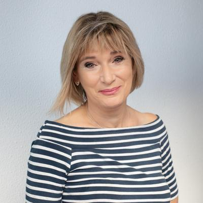 Lorraine Dove