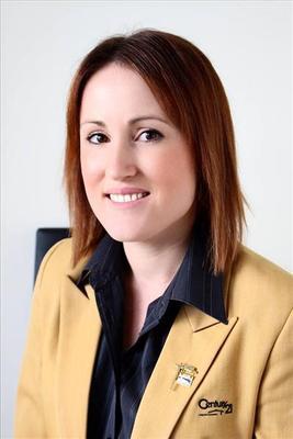 Niki  Roberts