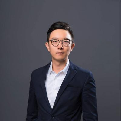 Dennis He