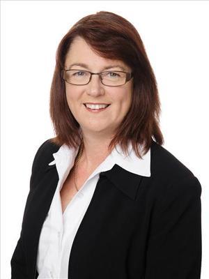 Karen Holtz