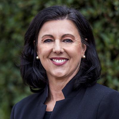 Lyn McLennan