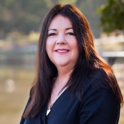 Annette Tomlin