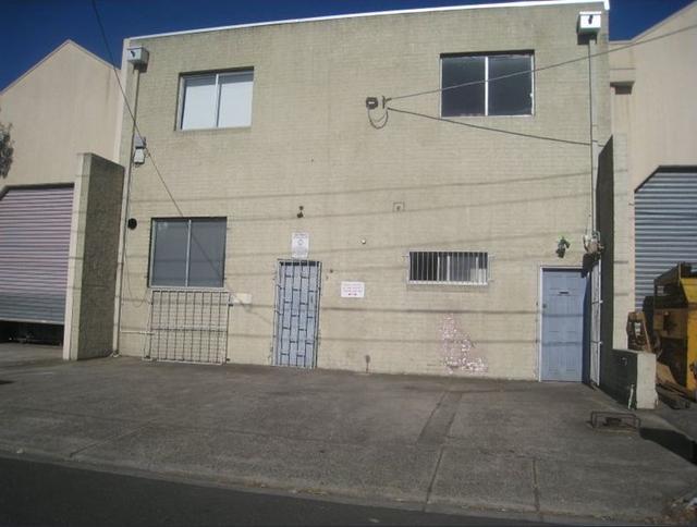 7 Little Miller Street, VIC 3057