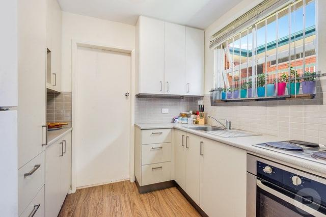 6/2 Carl Street, QLD 4102