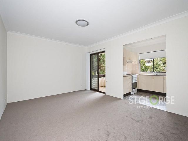 3/4 Nelson  Street, NSW 2222