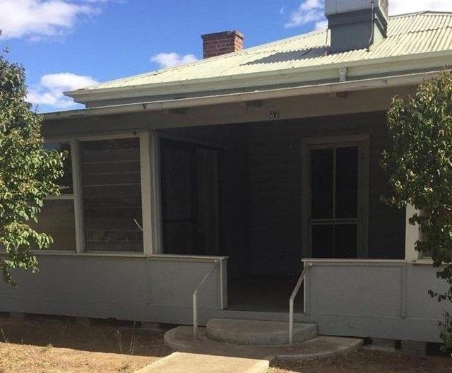 37 Wilga Street, NSW 2829