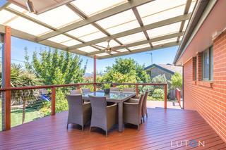 Entertaining deck area