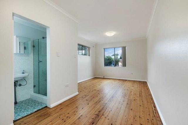 4/18 John Street, NSW 2042