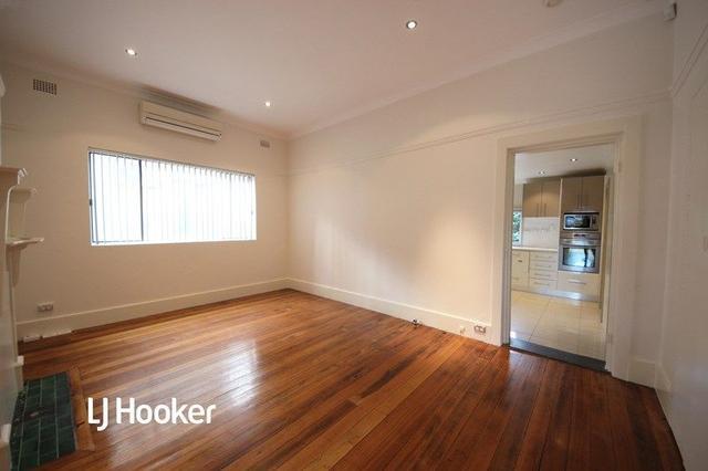 81 Dunstaffenage Street, NSW 2193