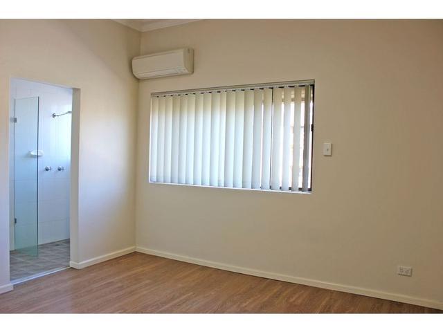 8/86 Castlereagh Street, NSW 2170