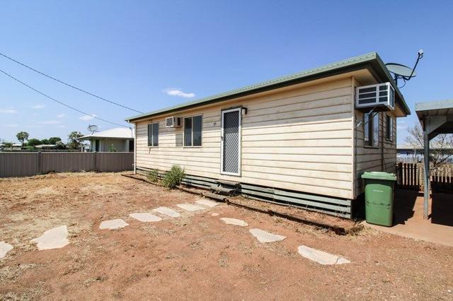 25 Railway Street, QLD 4824