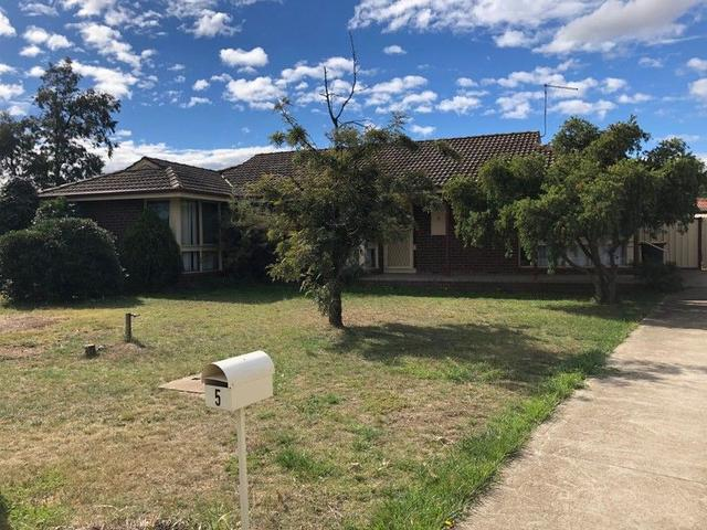 5 Inchcape Place, VIC 3337