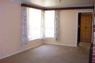 Lounge To Entry