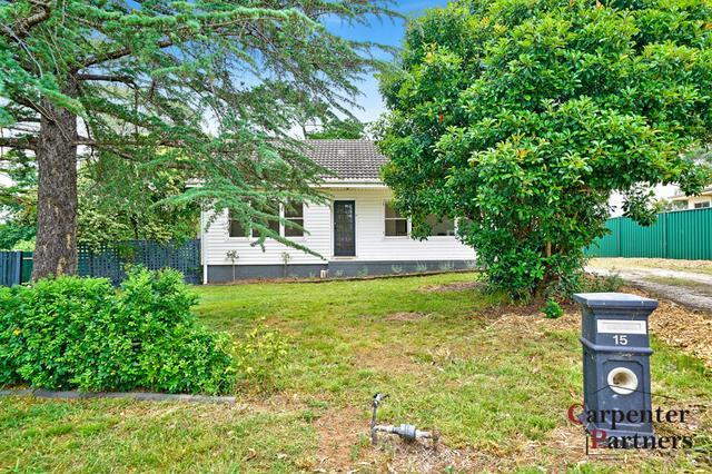 15 Struan Street, NSW 2573