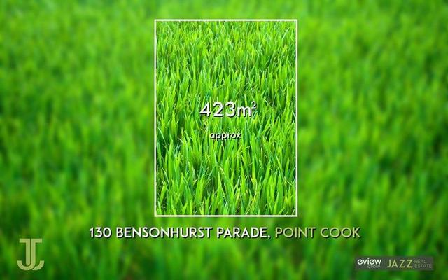 Bensonhurst Parade, VIC 3030