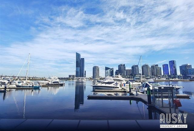 1F/8 Waterside Place, VIC 3008
