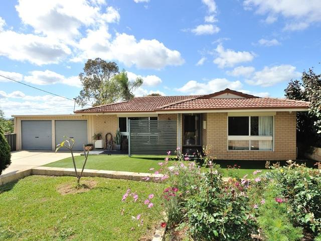 16 Cowling Way, WA 6167