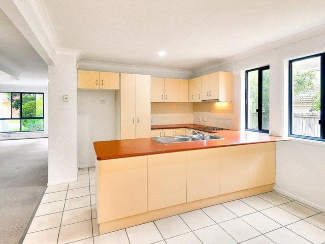 11 Maryland Place, QLD 4115
