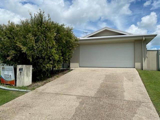 7 Balzan Drive, QLD 4740
