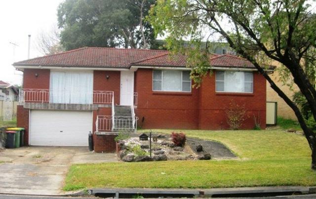 3 Tucabia Avenue, NSW 2198