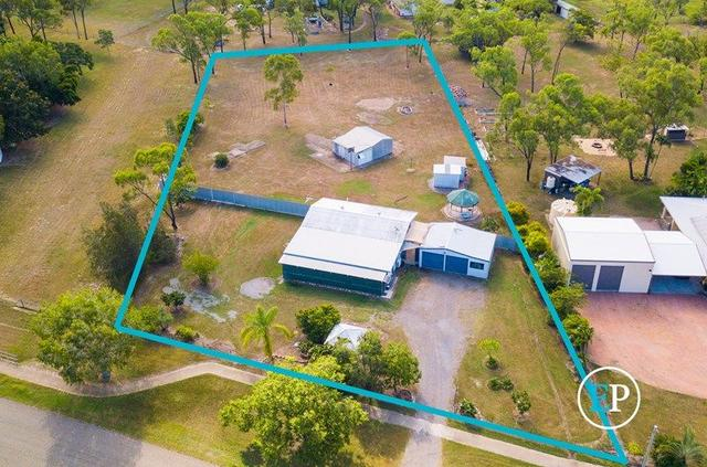 4 Holly Court, QLD 4818