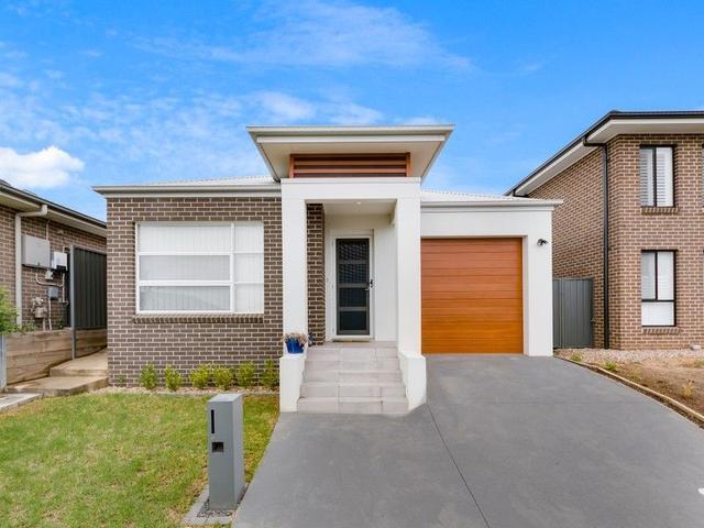 61 Jennings Crescent, NSW 2570