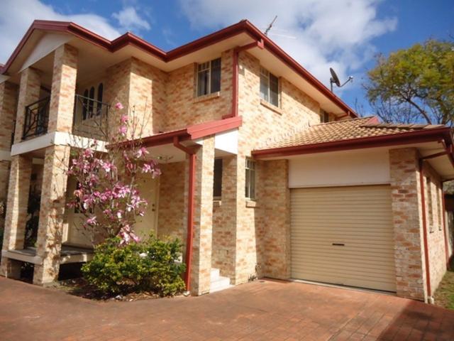 2/3 Church Road, NSW 2170