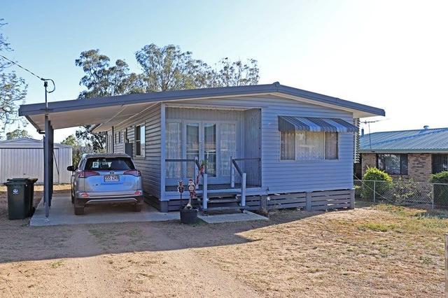 8 Rowland Street, QLD 4370