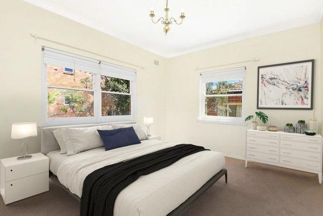 4/16a Spruson Street, NSW 2089