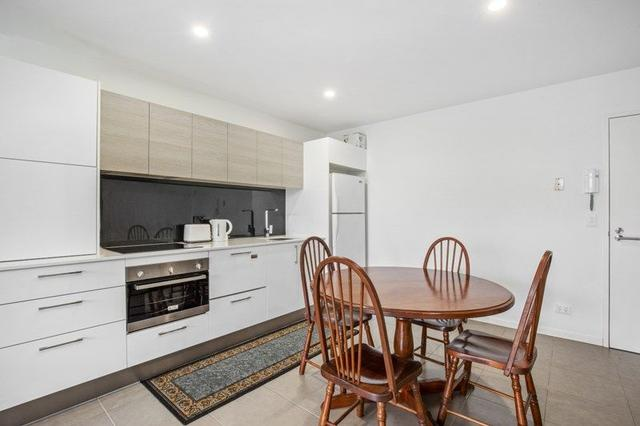 1216/6-8 Waterford Court, QLD 4217