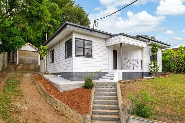 32 Young Street, QLD 4570