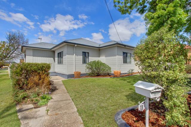 11 Knox Street, NSW 2580