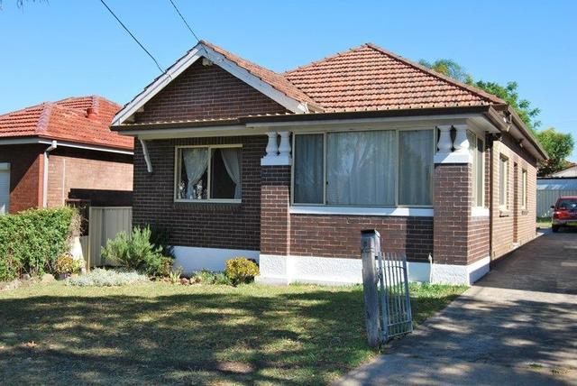 8 Farrell Road, NSW 2208