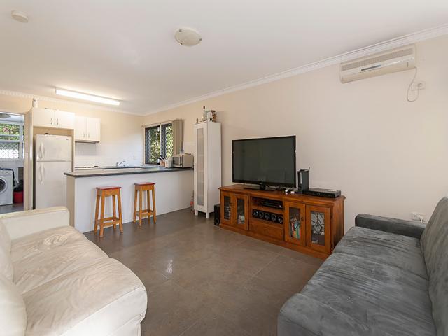 2/845 Logan Road, QLD 4121