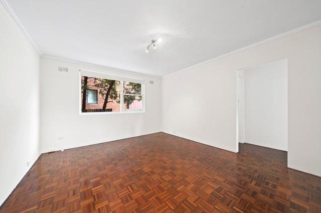 2/10 Templeman Crescent, NSW 2036