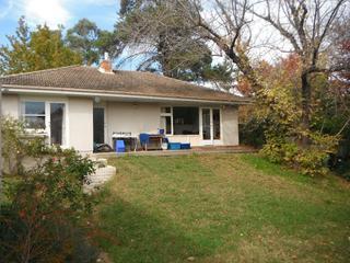 Backyard to house