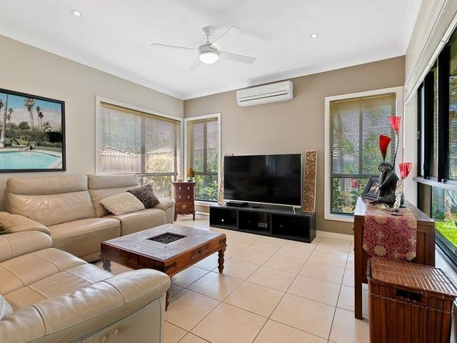 4 Clearview St, QLD 4153