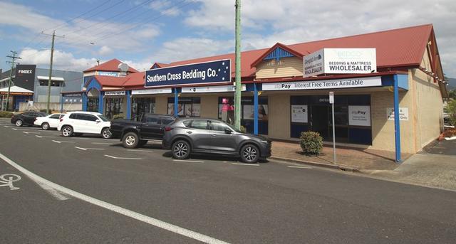 2/214 Mulgrave Road, QLD 4870