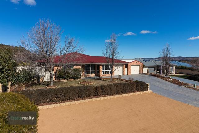 24 Hyland Drive, NSW 2621