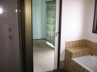 2-way bathroom