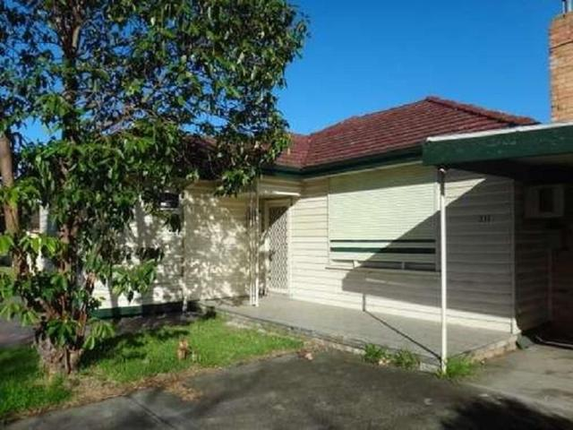 211 Station Rd, VIC 3337