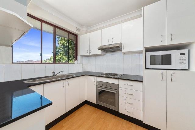 12/32 Remembrance Avenue, NSW 2170