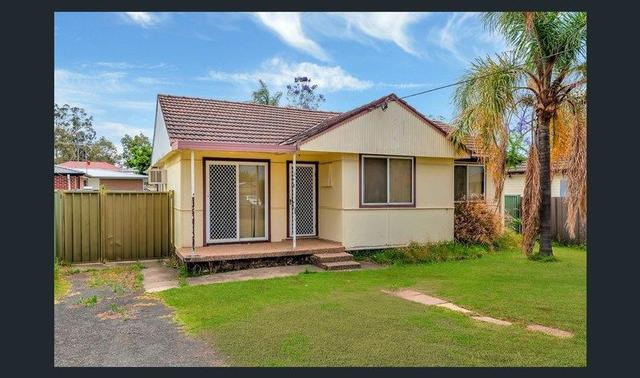 9 Quiros Ave, NSW 2165