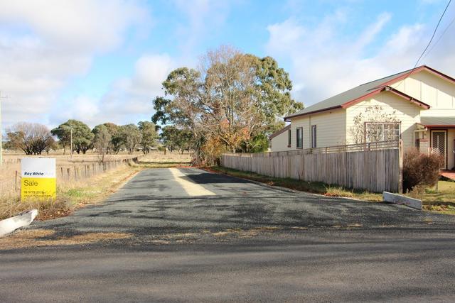 48 Llangothlin Street, NSW 2365