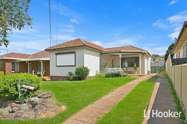 110 Roberts Road, NSW 2190