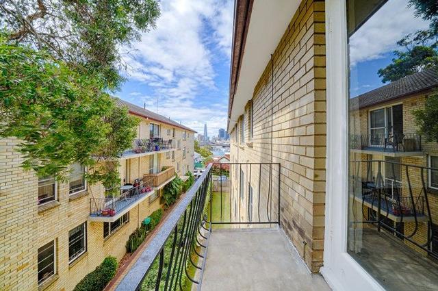 8/12 Avona Avenue, NSW 2037