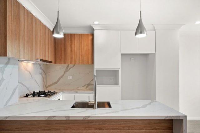 310/10-14 Fielder Street, NSW 2250