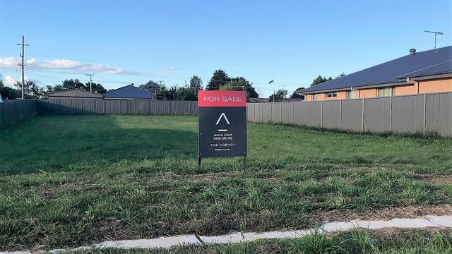 5 Graham Crescent, NSW 2583